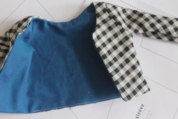 The chloe cardi and tee is a free 18 inch doll shirt pattern to sew from imagine gnats.