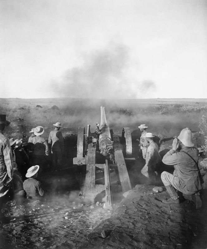 BOER WAR A 4.7 inch gun known as 'Joe Chamberlain' firing during the barrage of Magersfontein. The barrage was one of the biggest since Sevastopol but only served to warn the Boers of the imminence of British attack. THE SECOND ANGLO - BOER WAR, SOUTH AFRICA 1899 - 1902