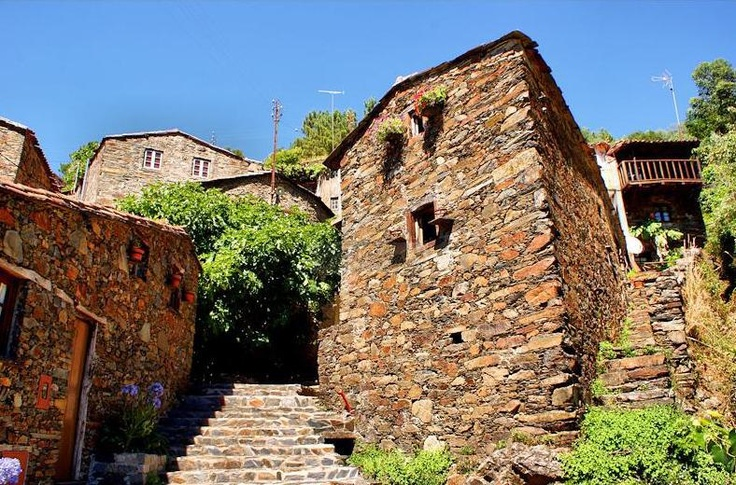 Aldeia do Xisto | Schist Village Candal