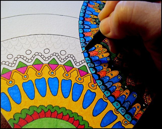 Draw Doodle and Decorate: Circle Mandelas