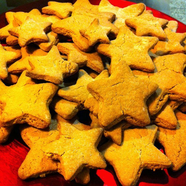 Cooking Tricks with Cristina: Christmas Cookie Stars / Estrelinhas de Natal#cookingtricks #cooking #cookingtrickswithcristina #stars #cookies #yum #bolachas #butter #sugar