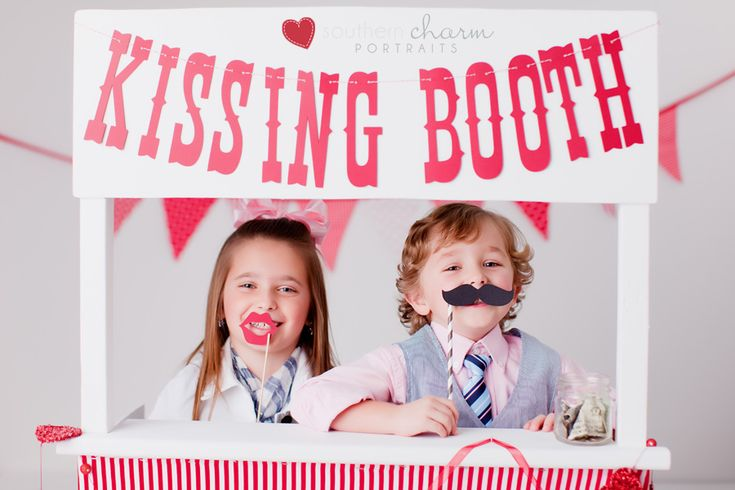 XOXO: Valentines Ideas, Photograpghi Ideas, Photo Props, Valentines Day, Child Photography, Photoshoot Inspo, Children Photography, Photography Inspiration, Photography Ideas