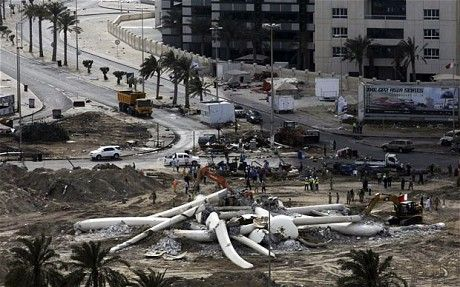 Bahrain authorities destroy Pearl Roundabout