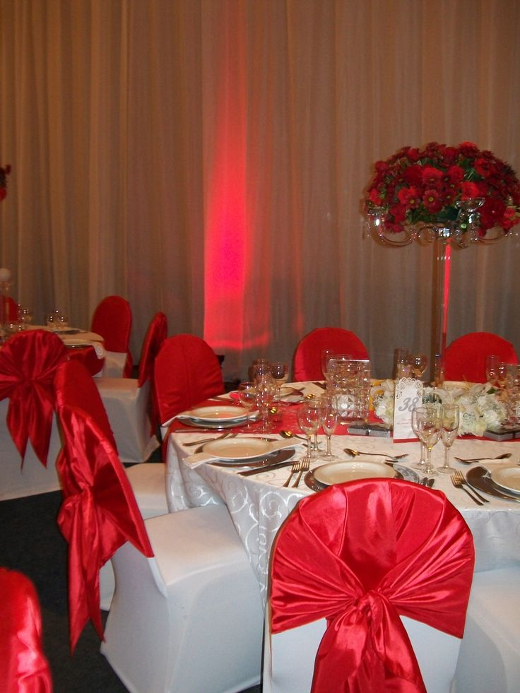Red lighting effect to fill the walls of the venue