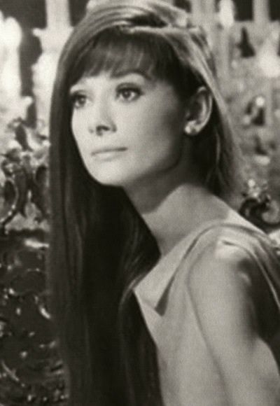 1000 images about audrey hepburn on pinterest collage happy girls and true beauty. Black Bedroom Furniture Sets. Home Design Ideas