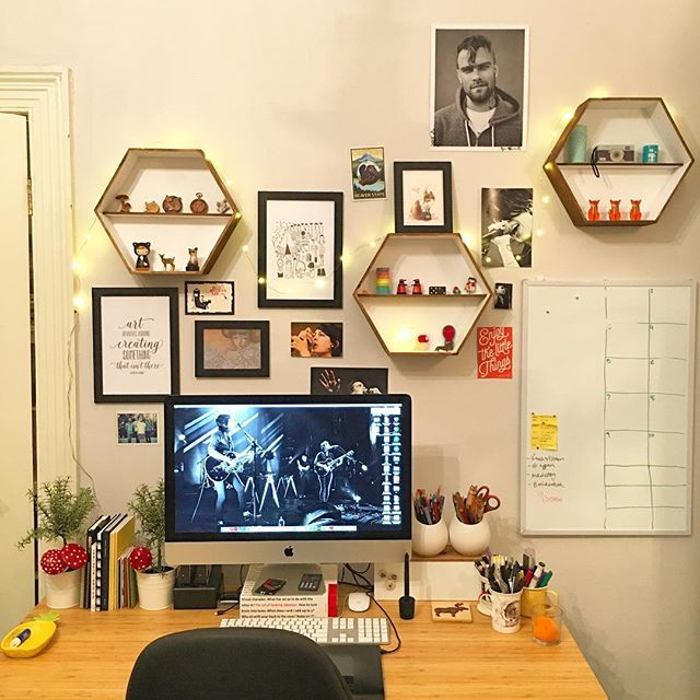 New year, new desk space.