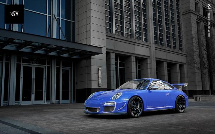Porsche. Love the colour