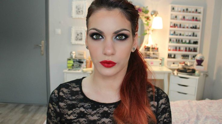 holiday make-up