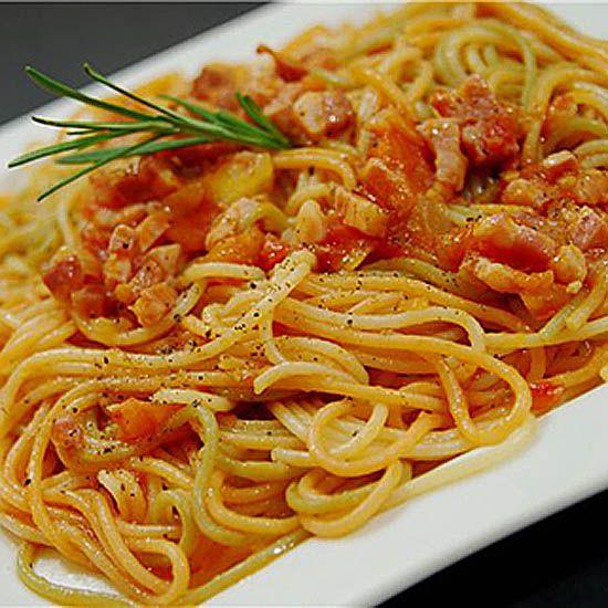 Рецепт вкуснейшего Итальянского соуса к пасте - Аматричиана.