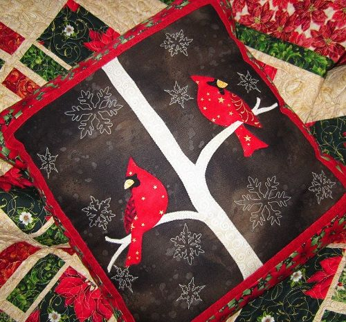Quilt design and free pattern by Wendy Sheppard (Ivory Spring) xx & 676 best PATCHWORK CHRISTMAS images on Pinterest | Christmas ideas ... pillowsntoast.com