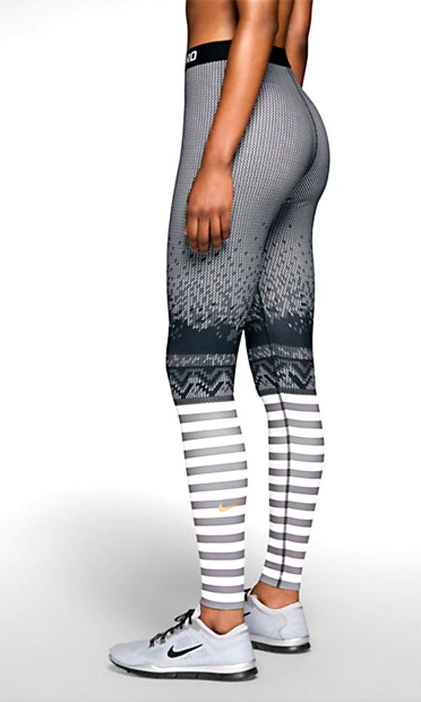 NIKE PRO HYPERWARM ENGINEERED PRINT WMNS TRAINING TIGHTS $70 SMALL