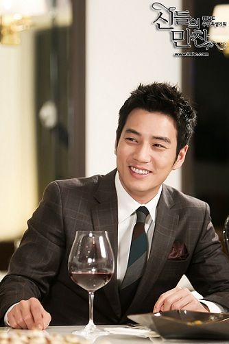Sang Wook has got to be the finest man....like... EVER!!!