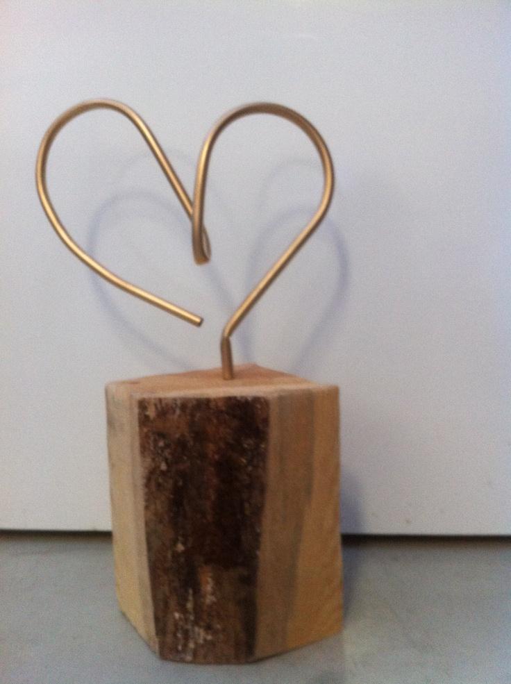 Se acerca San Valentín!!!! Leticia Vea Hierro y madera
