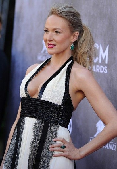 Jewel Photos - Arrivals at the 49th Annual Academy of Country Music Awards at the MGM Grand Garden Arena in Las Vegas. - Arrivals at the Academy of Country Music Awards