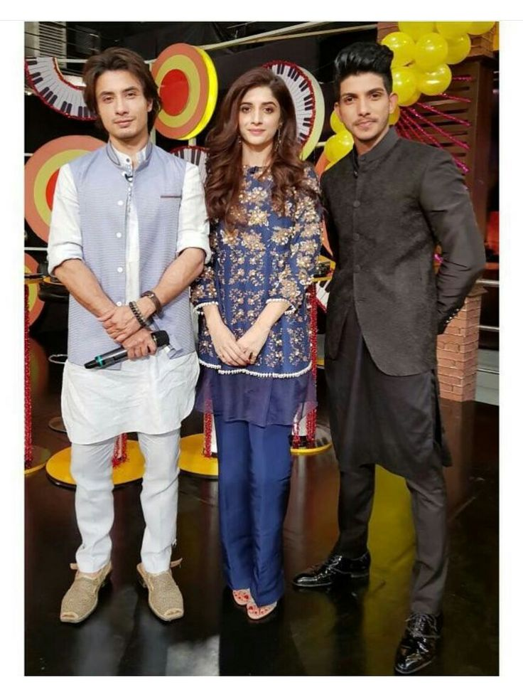 Ali Zafar, Mawra Hocane and Mohsin Abbas Haider on the sets of Pakistani Comedy Show Mazaak Raat! #AliZafar #MawraHocane #MohsinAbbasHaider #ComedyShow #MazaakRaat #PakistaniCelebrities  ✨