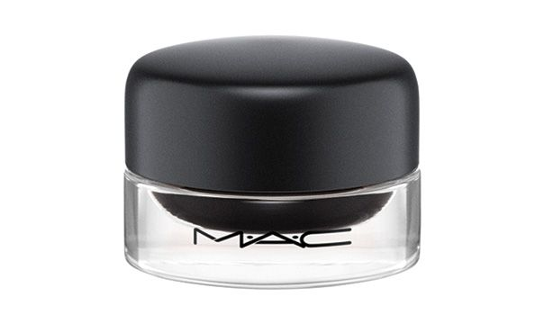 MAC Fluidline in Blacktrack P1,100, SM Aura - Luxury Beauty - http://amzn.to/2hZFa13
