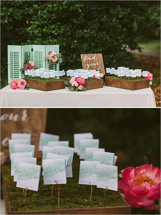 watercolor escort cards @weddingchicks
