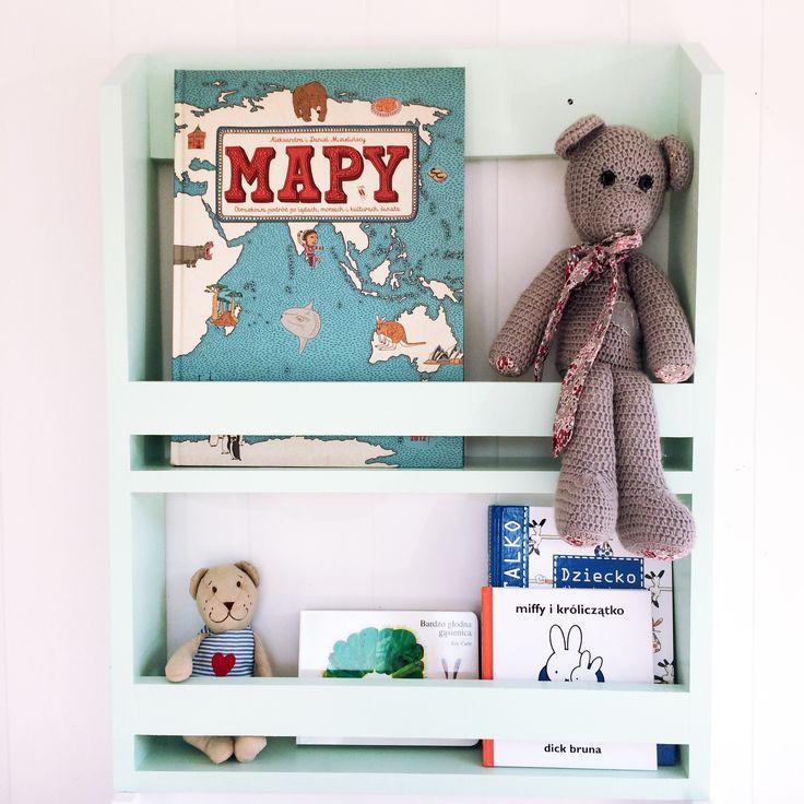 Wooden shelf Bookshelf mint