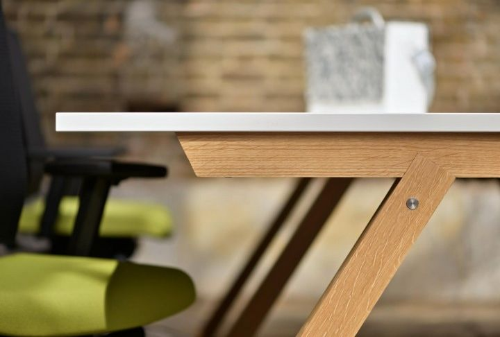 Zee Bench Desk - Product Page: http://www.genesys-uk.com/Zee-Bench-Desk.Html  Genesys Office Furniture Homepage: http://www.genesys-uk.com  The Zee Bench Desk is a uniquely shaped and raw timber bench desk of the new generation.