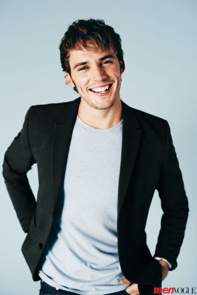 Sam claflin finnick catching fire and mockingjay philip pirates of the caribbean on stranger tides