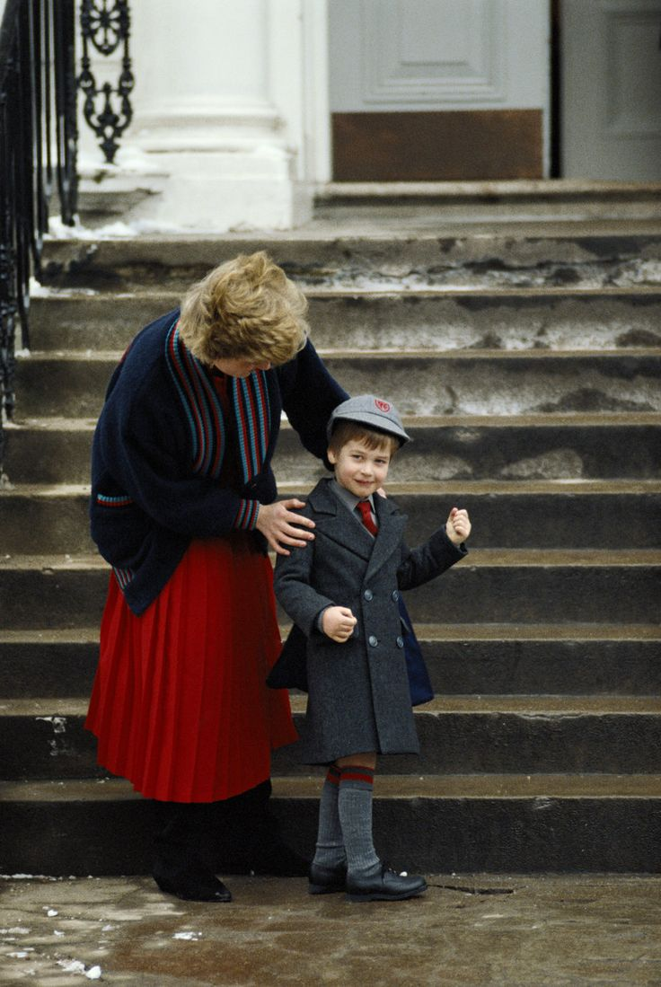 Princess Diana and young Prince William~dropping him off at Wetherby School in London