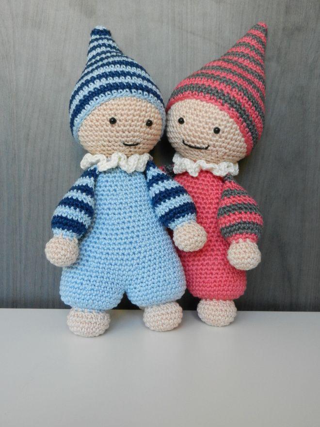 Cuddly-baby | Sonja's Haakboet Zo lief en schattig deze Cuddly-baby van ontwerp van lilleliis. Handgemaakte pop.