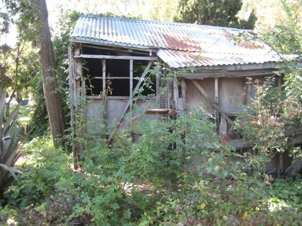 Sidney Nolan used to keep his work in this shed! Heide Museum of Modern Art..located up the road from Heidelberg Road...at Bulleen