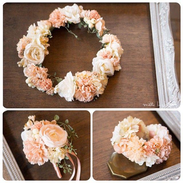 サーモンピンクのカラードレスに合わせてオーダーメイドでおつくりしました^ ^  blogで詳細をご覧頂けます http://mille-la-chouette.jp/order-diary/6946/  #ウェディング#wedding #花冠#リストレット#カラードレス#ナチュラル#花嫁#結婚式