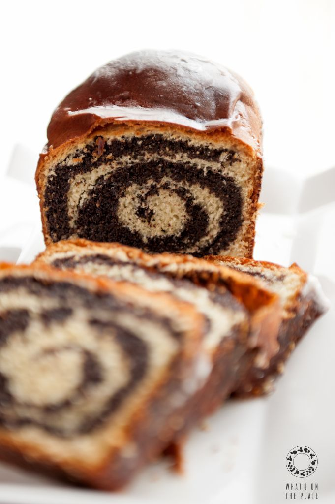 """Yeasted Poppy Seed Cake ~ via this blog, """"What's on the Plate""""."""