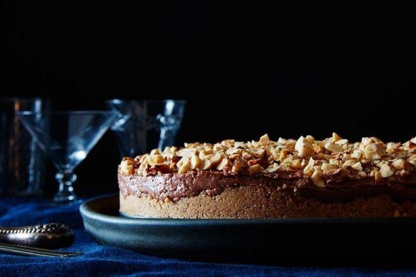 """Από τα """"ευκολάκια¨ της διάσημης Nigella Lawson Κατά τη διάρκεια των γιορτών, μαγειρικά, ο κόσμος χωρίζεται σε δύο κατηγορίες: σε"""