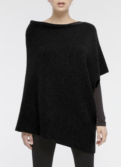 Simple style.  Perfect: Black Festivals, Black Clothing, Fashion Dresses, Fashion Style, Black Knits, Woman Dresses, Black Sweaters, Ponchos, Asymmetrical Sweaters