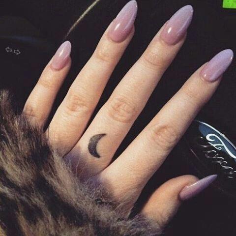 seine Farbe aber andere Nagelform, lange Nägel, kurze Nägel GalelaGaseTheBlog Cr … – Best Pin
