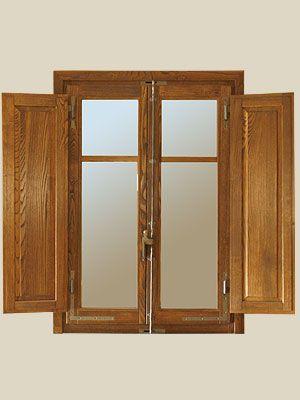 persiane della finestra all'interno