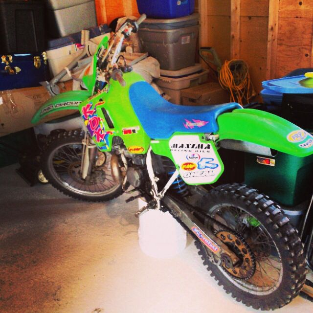 94 KDX 220 2 stroke, they sure don't make em like they used to.