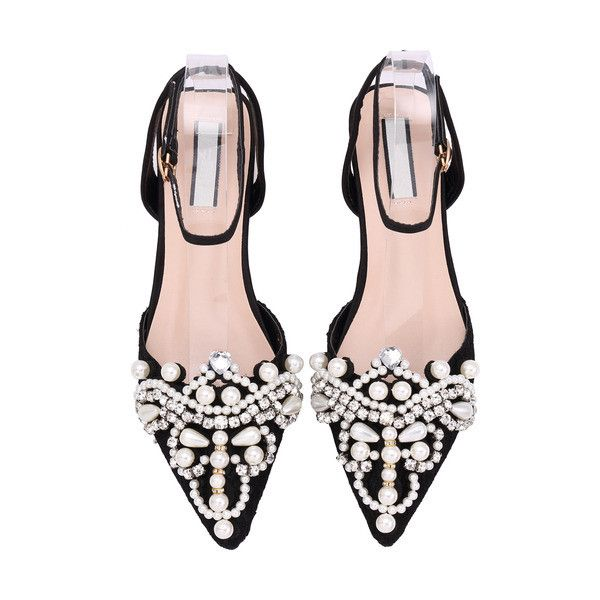 SheIn(sheinside) Black Point Toe With Pearl Flat Sandals (¥4,345) ❤ liked on Polyvore featuring shoes, flats, flat shoes, pointy toe shoes, black shoes, black low heel shoes and pointed toe shoes
