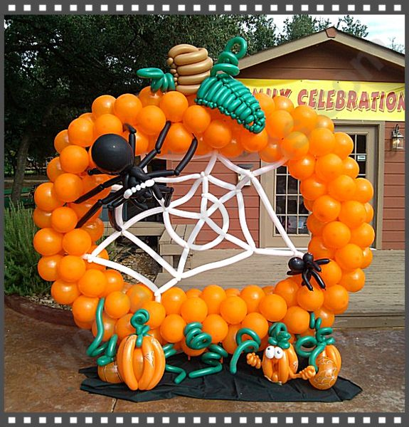 1738 best balloon decor images on pinterest for Balloon decoration for halloween