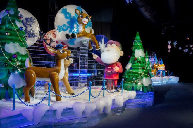 Like They Say Everything In Texas Is Big And For A Perfect Example Look No Further Than Dallas Where The Christmas Lovers Dallas Attractions Rudolph The Red