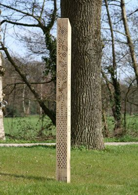Ive been thinking of putting up something to attract solitary bees. If I were a solitary bee I would stay in this hotel…