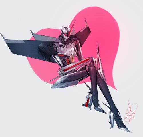 Transformers Prime Starscream http://evilwinnie.deviantart.com/art/you-LOVE-ME-hum-264372639