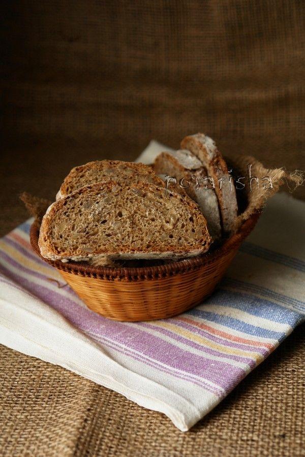 Серый хлеб с семечками и пряностями 2