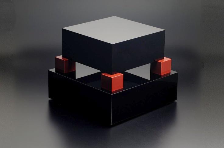 Ettore Sottsass, Side Table 'Hatsune', design 2007, for MaruTomi, Japan. Urushi lacquer, black and red (roiro finish). Photo: Kinoshita Yasuhiko