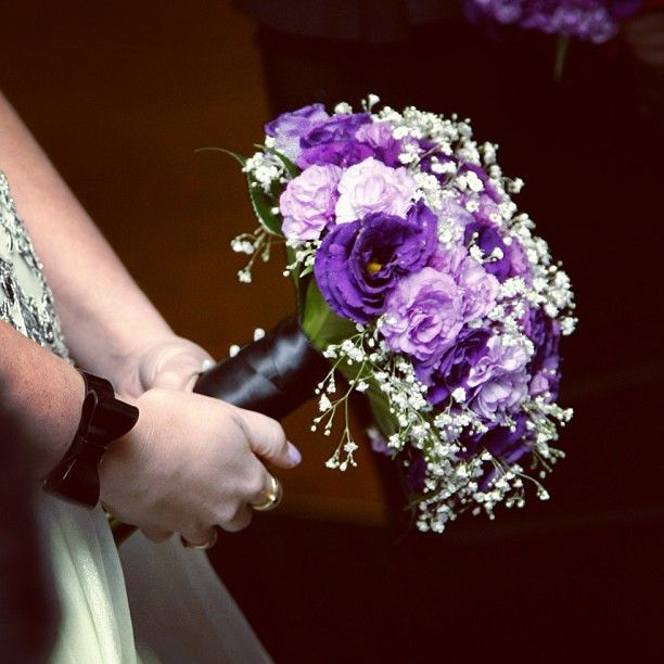 Leading with colour and class :: Photo by Nathania Springs Receptions :: Dandenong Ranges, Victoria, Australia