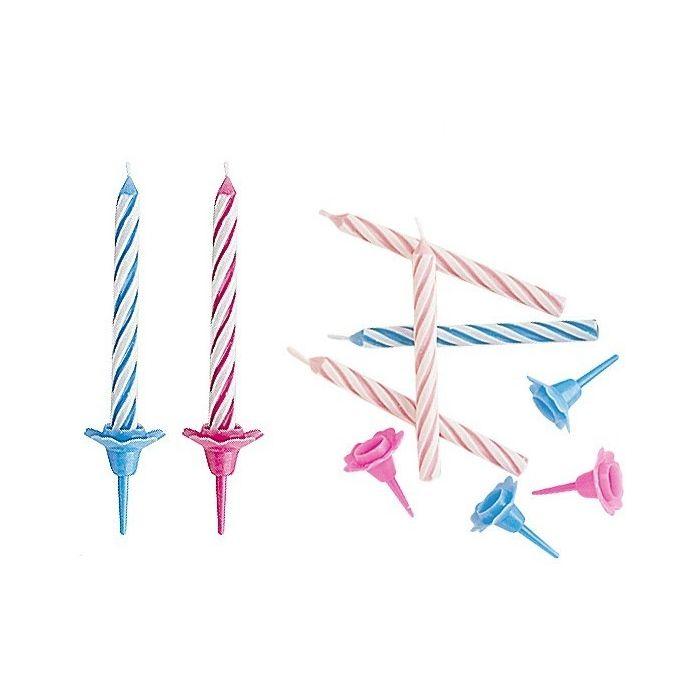 Clásicas velas con portavelas, indispensables en cualquier celebración