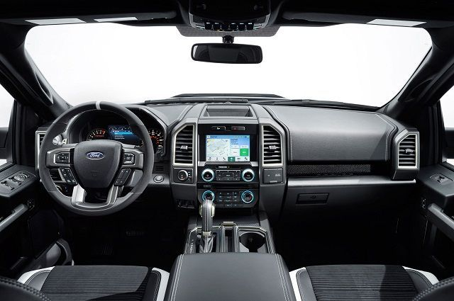 Awesome Ford 2017: 2017 Ford Ranger Raptor Review - 2017/2018 Fords Cars... Car24 - World Bayers Check more at http://car24.top/2017/2017/02/21/ford-2017-2017-ford-ranger-raptor-review-20172018-fords-cars-car24-world-bayers/