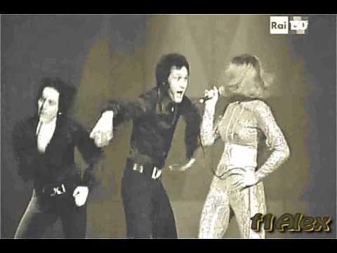 """RAFFAELLA CARRA' 1971 -- """" chissà chi sei """" -- by f1alexMilano - YouTube"""