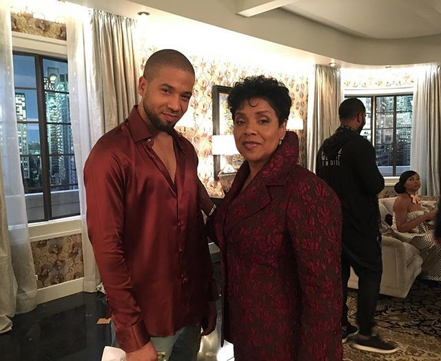 Tonight on @empirefox we welcome royalty when #PhyliciaRashad joins us as #DianeDubois and It's going down. Will cookie kill Mrs. Dubois? Will #Jamal acknowledge he has a problem? Will Jamal and Mrs. Dubois  become lovers and that's why they are matching like Bobby and Whitney or Biggie and Faith back in the day? 🤔 Find out tonight at 9/8c on #Fox. Also listen for the premiere of my new song #Mama. It's a good one. 🙏🏿 #EmpireWednesday #Empire @tarajiphenson all up in the shot.