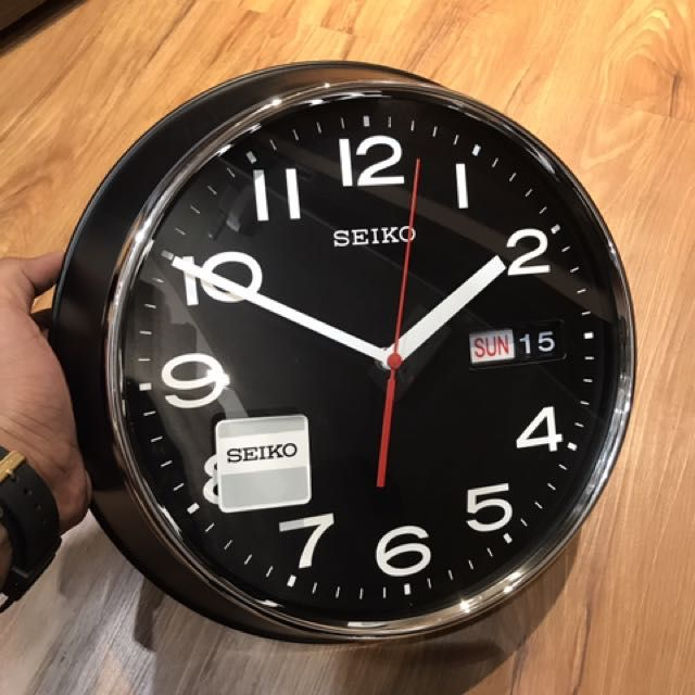 Buy Brand New Seiko Classic Vintage Clock QXF102Z Black Dial Day Date Wall Hanging Clock **FREE DELIVERY** in Singapore,Singapore. Free delivery to your location. Within 12 hours. All clocks and watches in stock. Best selling clock. 1 year seller warranty. Plastic Matt Black Date Dimesns Chat to Buy