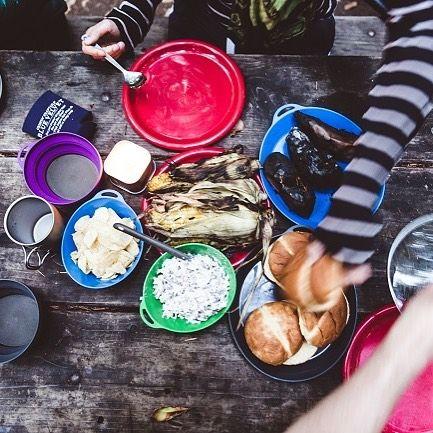 いいね!10件、コメント1件 ― Lifeventureさん(@lifeventureuk)のInstagramアカウント: 「Alfresco dining, a summer highlight. Shop the Lifeventure range of outdoor tableware via link in…」