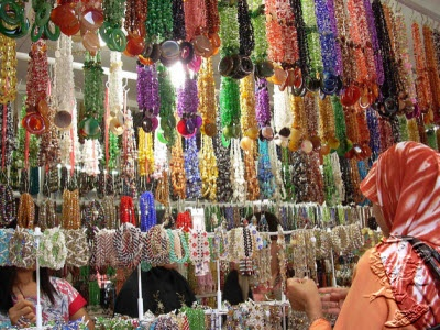 Kebun Sayur, souvenir market in Balikpapan, East Kalimantan, Indonesia. You also can find various of diamonds, women accessories, and ethnic beads.