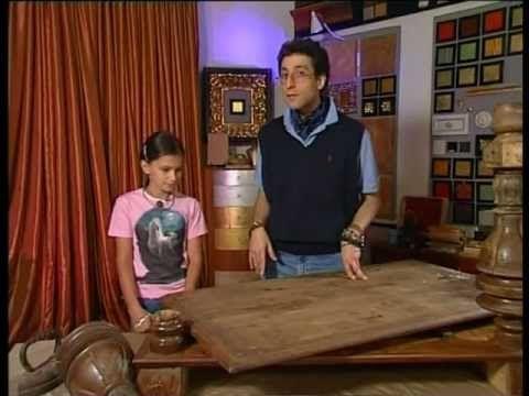 стол с серебряными ножками